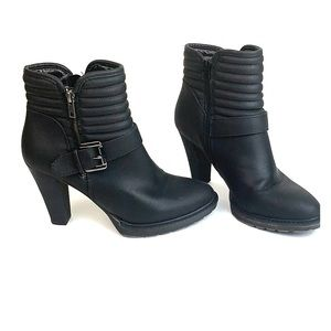 White Mt. chunky high heel black moto ankle boots